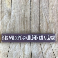178-pets-welcome-children-leashes-small